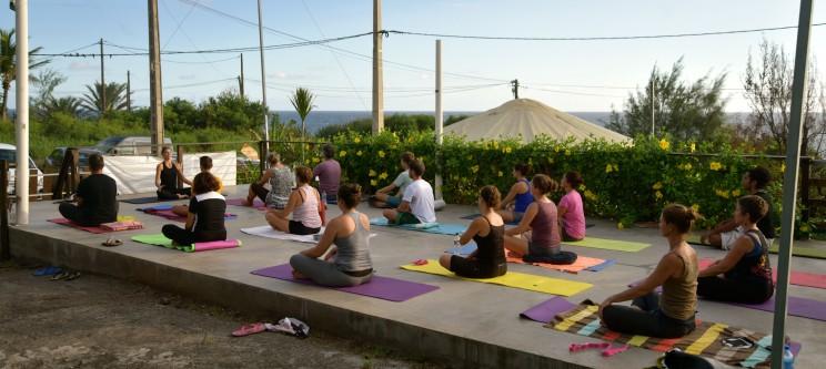 Yoga à yourtes en scène